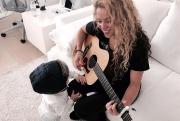 Shakira-00010