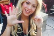 Shakira-00048