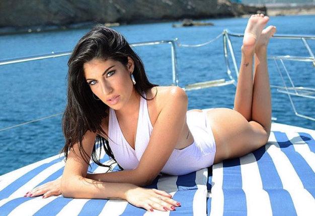 Yaiza Moreno: la nueva novia del Real Madrid es espectáculo puro
